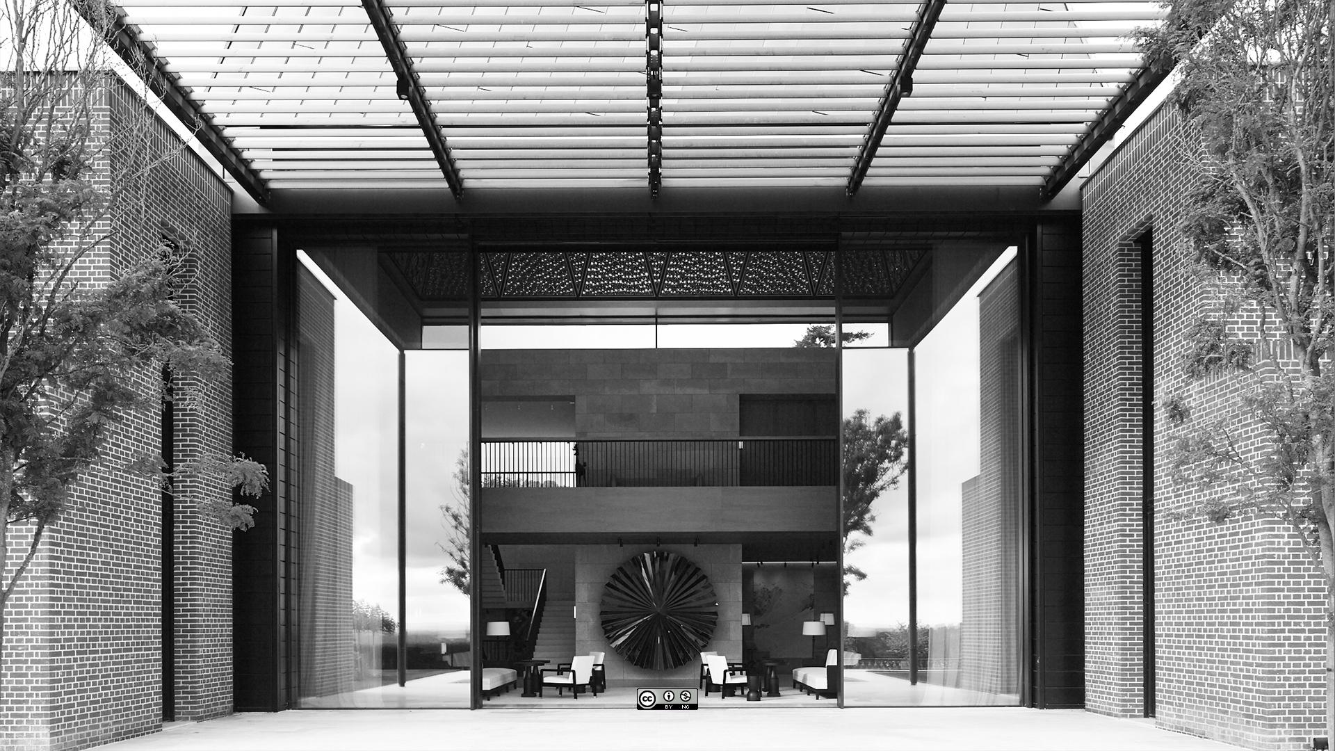 """The tallest, heaviest sliding glass door of all"": a case study"